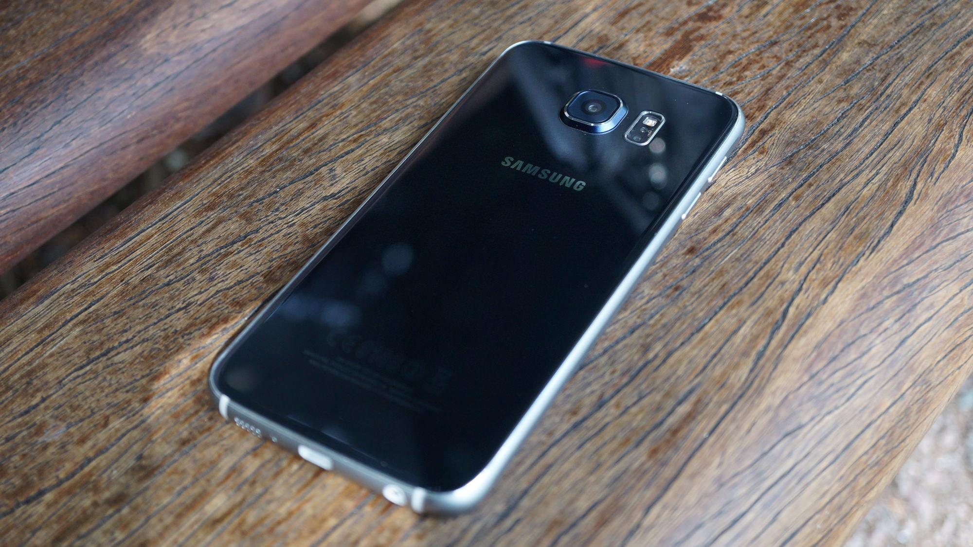 Galaxy S6 tar mycket lång tid att ladda, snabb laddning inte