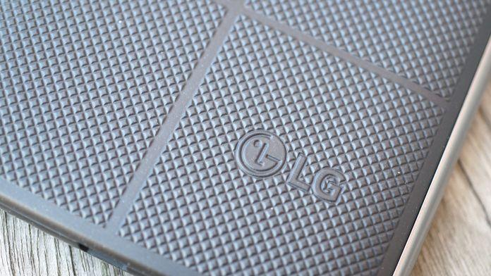LG V10 Recension baksida LG