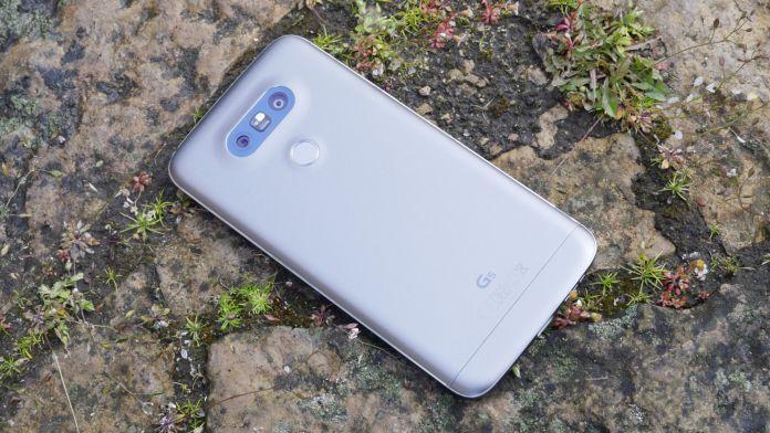 LG G5 Recension baksida