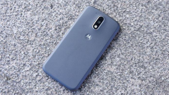 Lenovo Moto G4 Plus Recension baksida avstangd