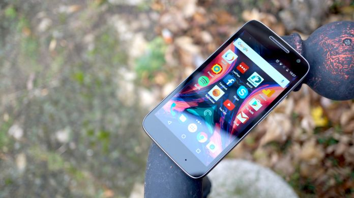 lenovo-moto-g4-play-recension-framsida-2