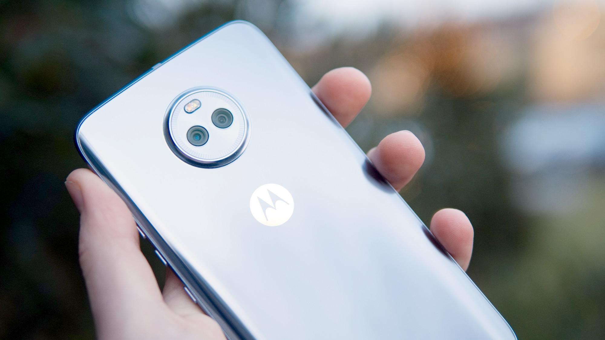 Moto X4 med sekundär kamera