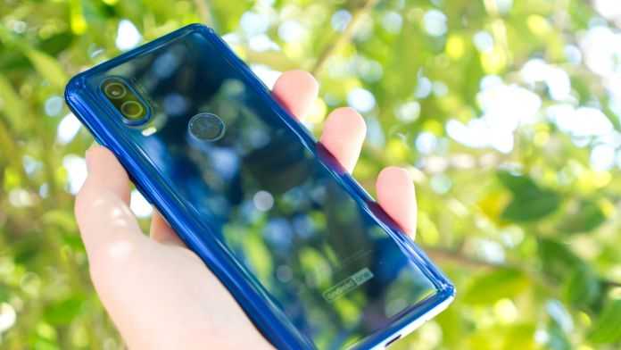 Test Motorola One Vision baksida