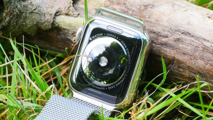 Pulsmätaren keramik Apple WAtch 5 40mm