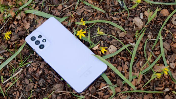 Test Samsung Galaxy A52 baksida